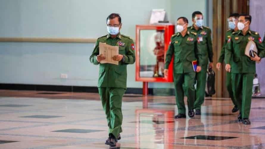 Военные обещали устроить перевыборы через год— Переворот вМьянме