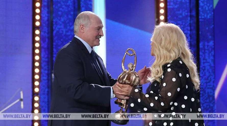 Обладателем Гран-при конкурса исполнителей эстрадной песни на«Славянском базаре» стал Адильхан Макин
