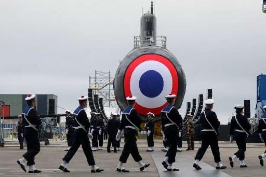 За рубежомПодлодкаВо Франции показали атомную подлодку нового поколения 21:02 13 июл.817Читайте