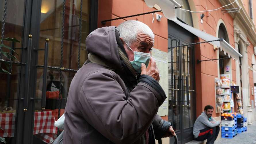 Аргентина смягчает карантин