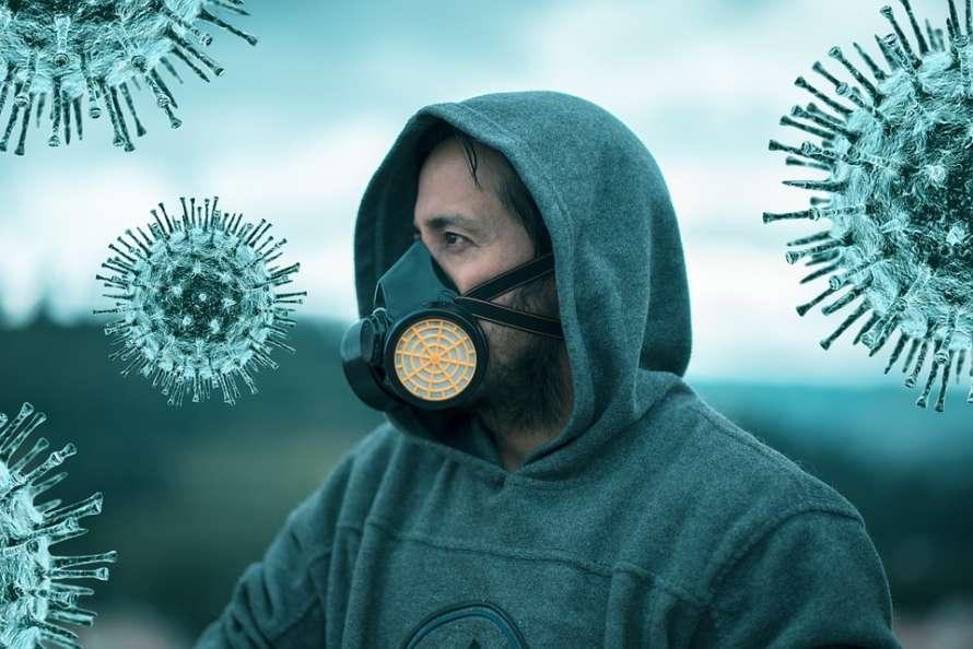 Медики назвали симптомы, которые указывают на легкое течение коронавируса