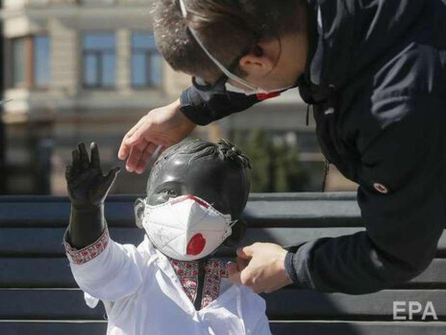 В Киеве коронавирус за минувшие сутки подтвердили у 1027 человек