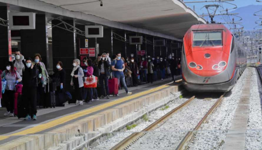 Италия запускает первые антикоронавирусные поезда