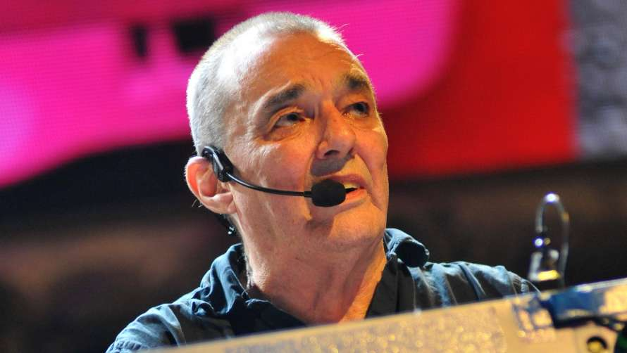 От коронавируса умер музыкант знаменитой британской рок-группы