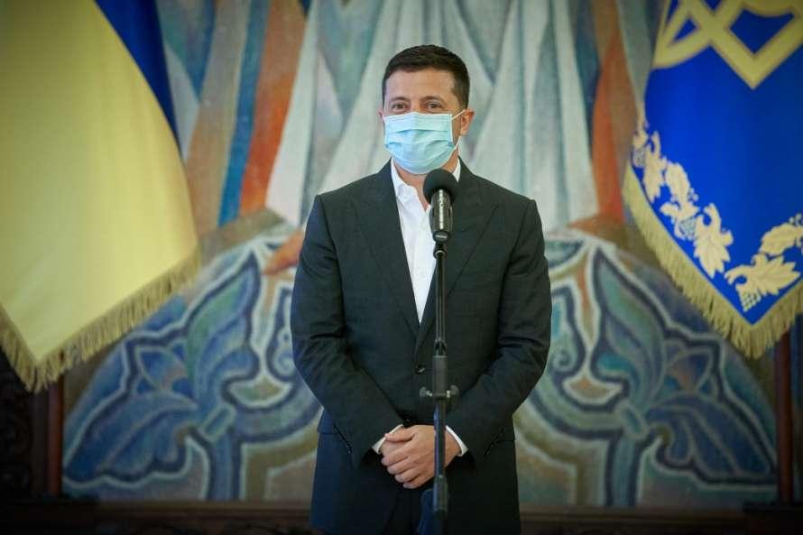 Зеленский пожелал президенту Бразилии скорейшего выздоровления от COVID-19