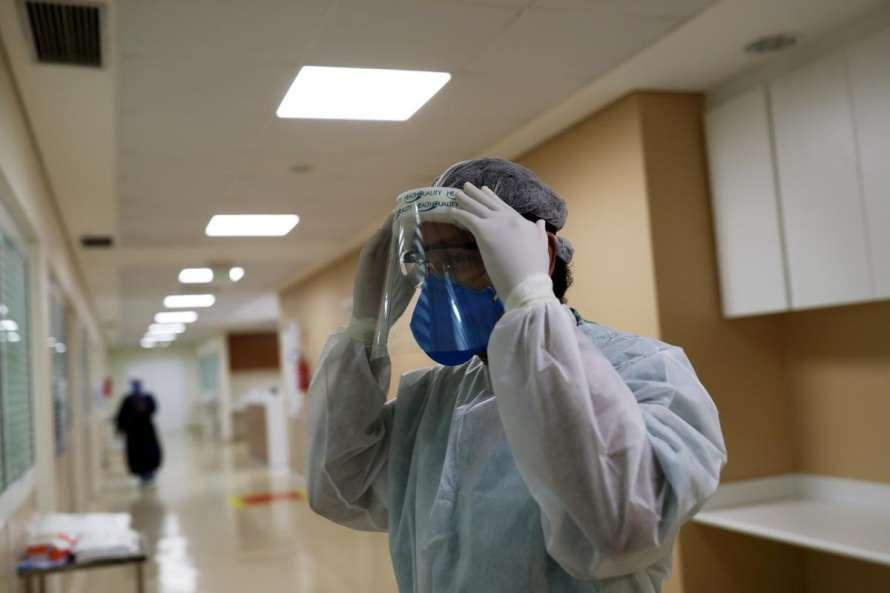 Коронавирус убил более 550 тысяч жителей Земли