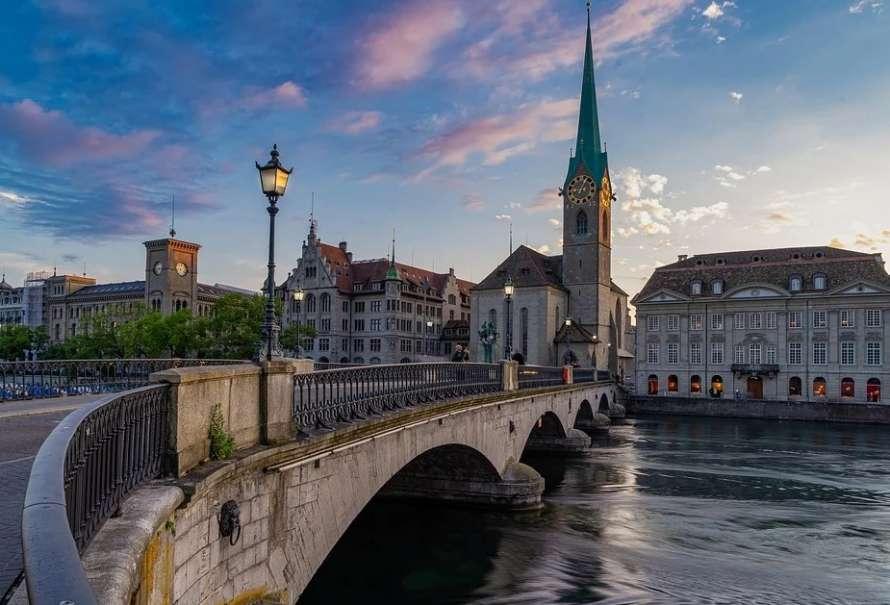 Швейцарские ученые обнаружили коронавирус в сточных водах