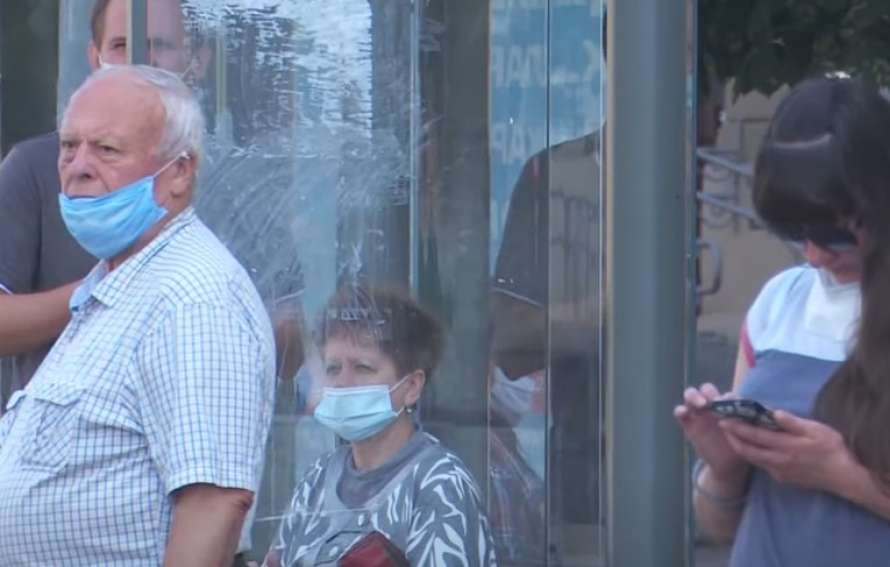 В Киеве более 300 новых случаев COVID-19 за сутки