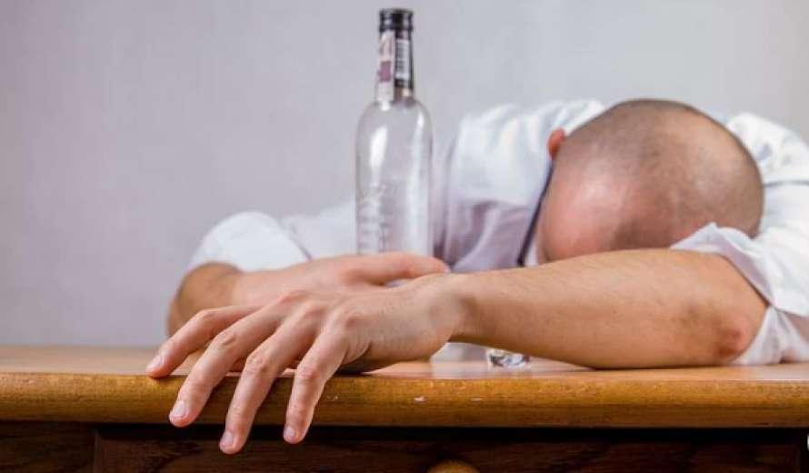 ВОЗ обнародовал данные о том, как алкоголь влияет на коронавирус
