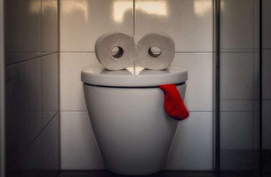 Скоро в туалет нельзя будет спокойно сходить