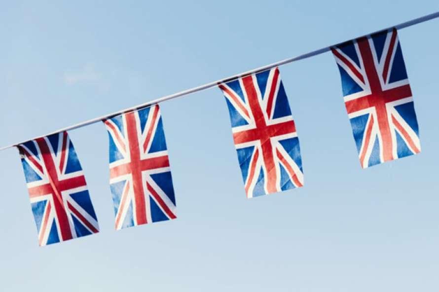 С понедельника Великобритания меняет правила въезда в страну