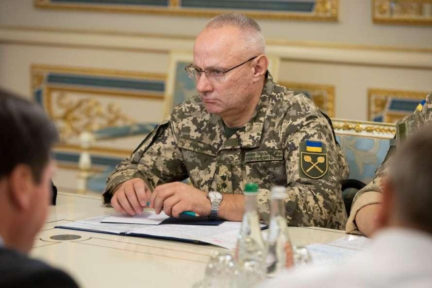 Чтобы остановить путч в Киеве, Зеленский заранее