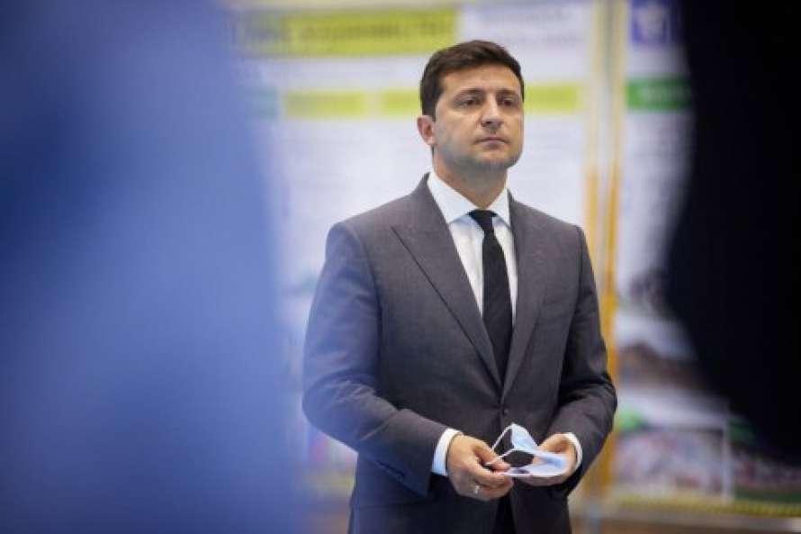 Зеленский рассказал, чего лишатся украинцы в случае отказа от вакцинации